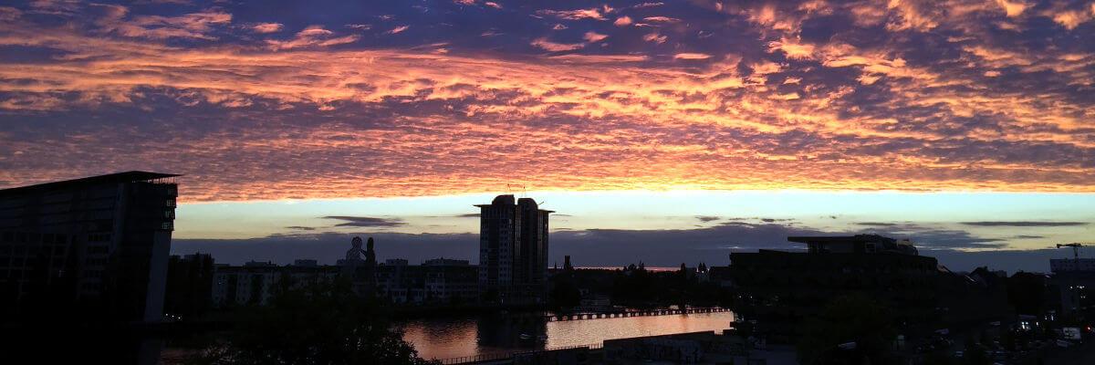 Berliner Skyline am Abend