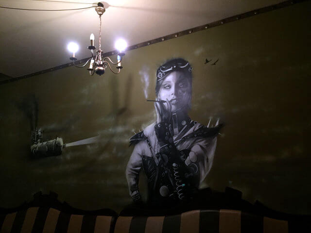 "Wandgemälde in der ""12 Grad Aetherloge"" in Berlin"