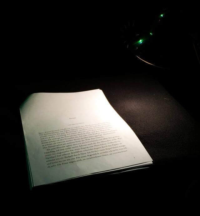 """Minimalistisches Setup für die Lesung aus """"Susan"""" von Sascha Dinse"""
