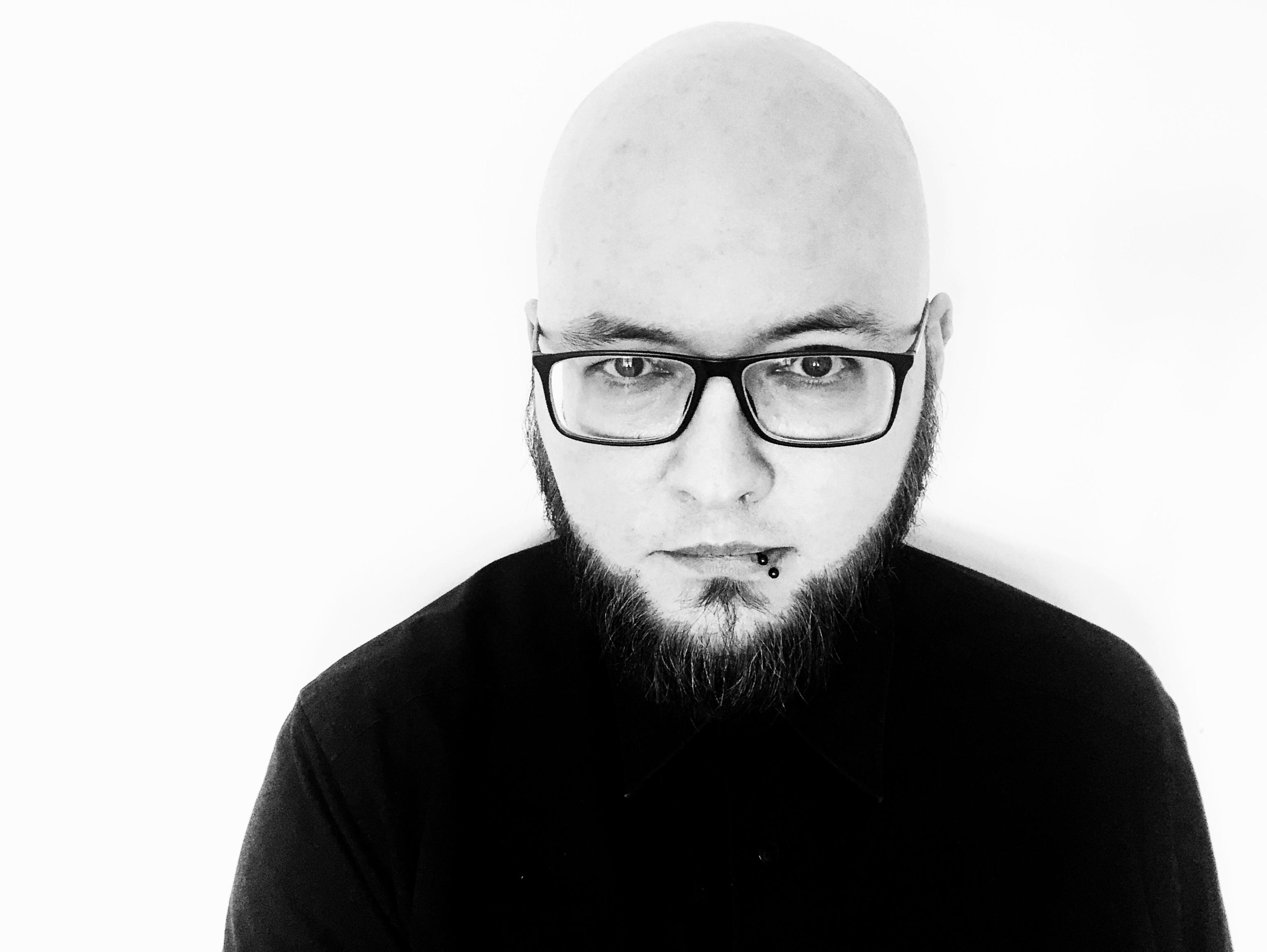 Sascha Dinse, Schriftsteller, Horror und Science-fiction